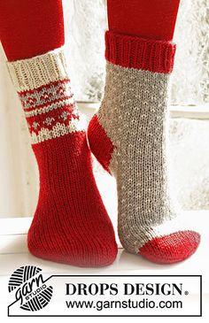 "Knitted DROPS Christmas socks in ""Karisma"""