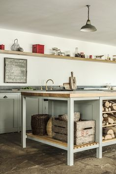 Hampshire Hop Kiln by Plain English Designs - gorgeous rustic kitchen