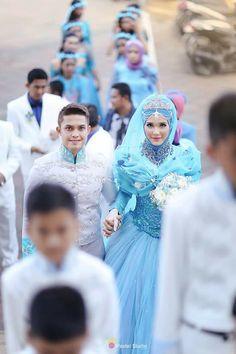 Cinderella muslim wedding dress <3