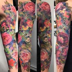 Color Flower Sleeve Tattoo by Samantha Ford tattoo ideen Best Sleeve Tattoos - Tattoo Insider Half Sleeve Tattoos Color, Colorful Sleeve Tattoos, Colorful Flower Tattoo, Tattoos Geometric, Arm Sleeve Tattoos, Flower Tattoo Arm, Flower Tattoo Shoulder, Sleeve Tattoos For Women, Tattoo Sleeve Designs