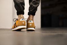KARHU ALBATROSS ORANGE/BURNT ORANGE available at www.tint-footwear.com/karhu-albatross-f802500 karhu albatross legend retro running sneaker kicks womft tint footwear studio