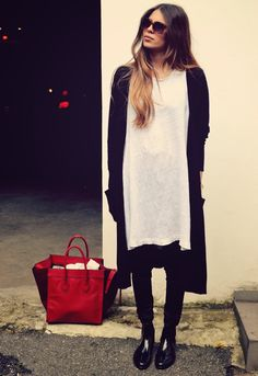 MAJA WYH - t-shirt dress..I love the contrast of the red bag and the outfit!