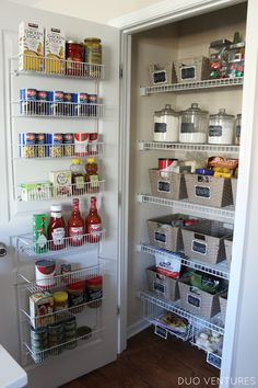 Since I recently organized every drawer & cabinet in our kitchen, it was only fair that I made sure the pantry was equally as organize...