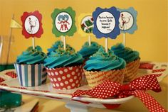 March is Dr. Seuss birthday, have a party … FREE Dr. March is Dr. Seuss birthday, have a party to celebrate! Dr Seuss Party Ideas, Dr Seuss Birthday Party, First Birthday Parties, First Birthdays, Free Birthday, Kid Parties, 2nd Birthday, Birthday Ideas, Cat In The Hat Party