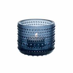 Iittala  Candle Holder Rain: The Kastehelmi Votive was designed by award winning designer Oiva Toikka, who is one of the greatest names in Finnish glass.