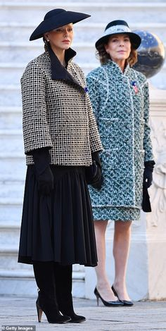 Their Serene Highnesses Prince Albert II and Princess Charlene of Monaco and their children Prince Jacques and Princess Gabriella lead 2018 National Day celebrations. Princess Caroline Of Monaco, Charlene Of Monaco, Princess Stephanie, Princesa Charlene, Estilo Real, Royal Dresses, Nice Dresses, Grace Kelly, Camille Gottlieb