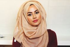 This hijab tutorial will help you do your hijab easy and fast! Thank you for 100.000 Subscribers! Click on LIKE & Subscribe! ❤ Everything you need to know, i...