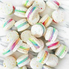 (notitle) - Food and drinks - Macaron Delicious Desserts, Dessert Recipes, Yummy Food, Kreative Desserts, Cute Baking, Macaron Cookies, Donut Cupcakes, Macaron Cake, Unicorn Foods