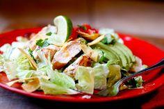 Fiesta Lime Chicken Salad (Applebee's Copycat) | perrysplate.com