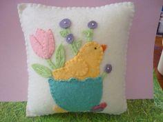 Felt Pillow Chick Spring Tulips Applique Penny by pennysbykristie Felted Wool Crafts, Felt Crafts, Easter Crafts, Fabric Crafts, Easter Pillows, Felt Pillow, Felt Birds, Felt Patterns, Penny Rugs