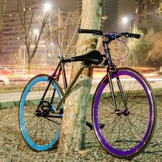 """Unstealable Bike"": This clever theft-proof bicycle frame rotates and uses the seat post to form a secure locking mechanism."