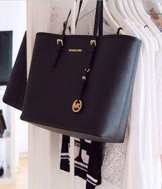 Women's Beautiful Handbags 2015