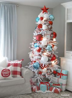 Frozen Fir Flocked Artificial Christmas Tree 🌟Tante S!fr@ loves this📌🌟 treetopia Whimsical Christmas Trees, Retro Christmas Tree, White Christmas Trees, Beautiful Christmas Trees, Christmas Tree Themes, Outdoor Christmas Decorations, Christmas Colors, Frozen Christmas Tree, Turquoise Christmas