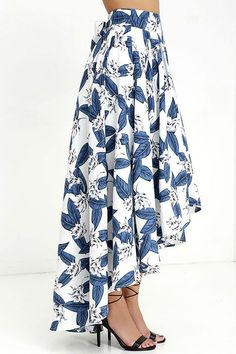 The Tropical Getaway Blue and Ivory Floral Print High-Low Skirt has a bold botanical print across a high-low skirt with hidden tulle. Skirt Outfits, Dress Skirt, Modest Fashion, Fashion Outfits, Floral Print Skirt, Floral Prints, High Low Skirt, Church Outfits, African Fashion Dresses