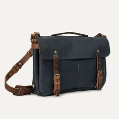 Bleu de Chauffe - Leather bag Justin. Navyblue