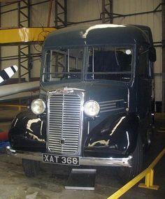 Commer Comando ( ex RAF airfield bus) Train Truck, Bus Coach, Vintage Vans, Busses, Commercial Vehicle, My Face Book, Old Trucks, Public Transport, Coaches