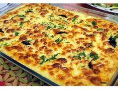 Bacalhau no forno com batatas e cebolada Cod Recipes, Fish Recipes, Seafood Recipes, Cooking Recipes, Healthy Recipes, Brazillian Food, Brazilian Dishes, Good Food, Yummy Food