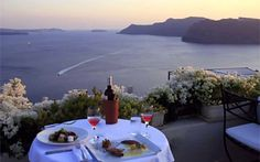 Oia Santorini Restaurant Oia 1800 Restaurant in Santorini - Sea views from our roof garden
