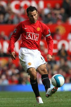 From Adidas to Umbro to Nike, Ryan Giggs wore 48 different strips during his 23 years in the Manchester United first-team. Man Utd Squad, Man Utd Fc, Manchester United Legends, Manchester United Players, Best Club, Best Player, Football Players, Premier League, Soccer