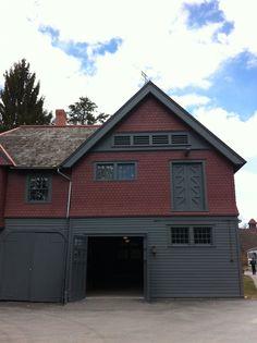 horse barn at springwood