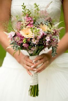 pastel pinks and oranges with white bouquet