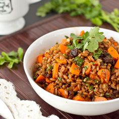 ***Chowing down on a big bowl of carrot raisin spelt berry salad with cumin and cilantro is divine whether you enjoy it cold or heat it up.