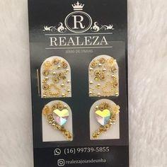 JOIA REALEZA - RL0072 Caviar Nails, Nail Jewels, Crystal Design, Nail Art, Crystals, Awesome, Nail Stickers, Jewel Nails, Art Nails