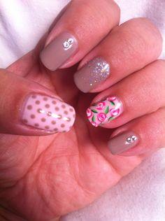 #shellac #gelpolish #nailart #freehand #flowers #polkadots #swarovski #glitter
