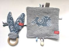 This gift set consisting of taggie blanket and bunny ear teether is perfect for your favorite little one's playtime. All sSCAPESs handmade items are made of high quality eco-certified baby-friendly cotton with great love for detail.
