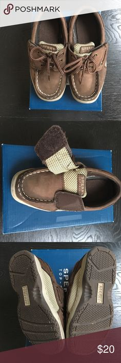 Sperry Top-Sider Boys Shoes Billfish Top-Sider in chocolate brown. Size 10 1/2 Wide. Very challenging to find cute wide shoes for toddler boys. Velcro closure but looks like a tie. Gently worn. Look adorable on. Sperry Top-Sider Shoes Dress Shoes