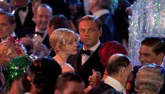 """LE PLUS. Le nouveau """"Gatsby le magnifique"""" n'a pas fait l'unanimité à l'ouverture du festival de Cannes. Notre contributeur a lu (et adoré) le roman de F. Scott Fitzgerald, avant d'aller voir le film. Malgré une introduction ratée et quelques défauts, l'adaptation au cinéma l'a replongé dans l'univers génial du roman."""