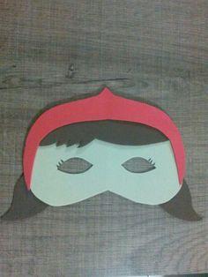 Mascara chapeuzinho vermelho em EVA <br>Obs: veja tambem capa e mascara lobo mau