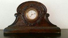 Table Clock MINERVA