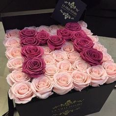 ellas first birthday Valentines Gift Box, Keramik Design, Flower Arrangements Simple, Luxury Flowers, Rose Gift, Deco Floral, Flower Boxes, Diy Birthday, Flower Art