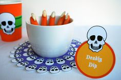 Free Halloween Printable Skull Doily, Place Cards and Cup Wraps, Just download, type to personalize, and print! #sponsored #hp