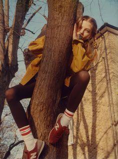 De fotoserie 'The Virgin Suicides' van Maxime Imbert is teder en verontrustend tegelijkertijd.
