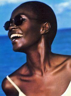 rovrsi:Kiara Kabukuru ph by Herb Ritts for Nine West S/S 1997