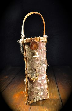 Poplar Bark Basket / Mark Hendry