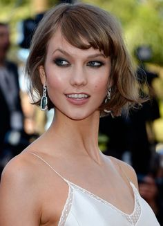 Karlie Kloss Short Messy Bob Hairstyle with Bangs