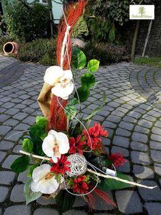 25 Silk Floral Arrangements, Black Flowers, Funeral, Gardening, Plants, Ideas, Floral Arrangements, Floral Decorations, Floral Bouquets