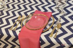 Chevron has been a huge hit in the wedding scene this year! Come see more inspiring #tablescapes like this one from the Designer Showdown at the next Nashville PWG Wedding Show! Use code PIN for $2 off your ticket at Nashville.PWGShows.com #nashville #wedding #chevron #NashvilleBride