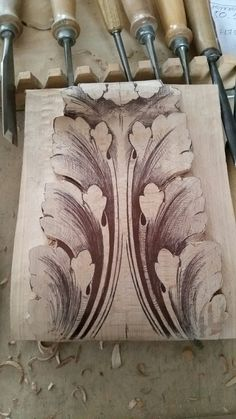 Steam Bending Wood, How To Bend Wood, Wood Carving Tools, Woodworking Inspiration, Woodworking Workshop, Acanthus, Woodworking Furniture, Line Design, Wood Art