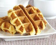 Light waffles without sugar or butter - Gâteaux - Dessert Ww Desserts, Dessert Recipes, Healthy Snacks, Healthy Recipes, Pancakes And Waffles, 100 Calories, Butter, Coco, Pancake