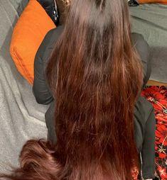 VIDEO - Red - RealRapunzels Long Hair Ponytail, Ponytail Hairstyles, Cool Hairstyles, Really Long Hair, Long Red Hair, Hair Flip, Beautiful Long Hair, Great Hair, Hair Brush