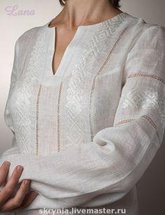 ru / Foto # 91 - vishivanki que rіznі olhar - Kurta Designs, Blouse Designs, Boho Fashion Over 40, Pakistani Formal Dresses, Neck Designs For Suits, Indian Designer Suits, Desi Wear, Embroidery Suits Design, Dress Making Patterns