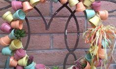 Fazer uma guirlanda de minivasos passo a passo além de decorar a sua casa de forma delicada ainda va