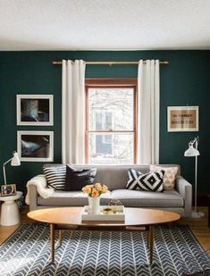 In this article, we have compiled the beautiful decoration examples for Dark Green Bedroom Walls. Be inspired by styles, trends & decorating advice to make your home a place where everyone admiring. Green Bedroom Walls, Living Room Green, Paint Colors For Living Room, New Living Room, Home Living, Living Room Decor, Small Living, Gray Walls, Accent Walls