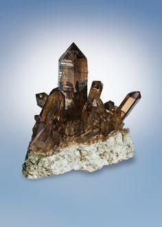 Quartz var.Smoky - Zinggenstock, Grimsel area, Hasli valley, Berner Oberland, Switzerland Size: 10.0 x 10.0 x 7.8 cm