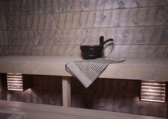Saunan panelointi hirsipaneelilla