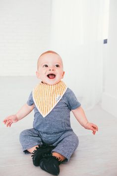- Pacific Set Designs for Boy - Designs include colored triangles, watercolor blue sharks, tan with white boats, and orange herringbone v's. - Absorbent cotton drool bib - These stylish drool bibs are Little Boy Outfits, Little Boy Fashion, Baby Boy Fashion, Kids Fashion, Trendy Fashion, New Grandparents, Toddler Age, Unique Baby Gifts, Gifts For New Parents
